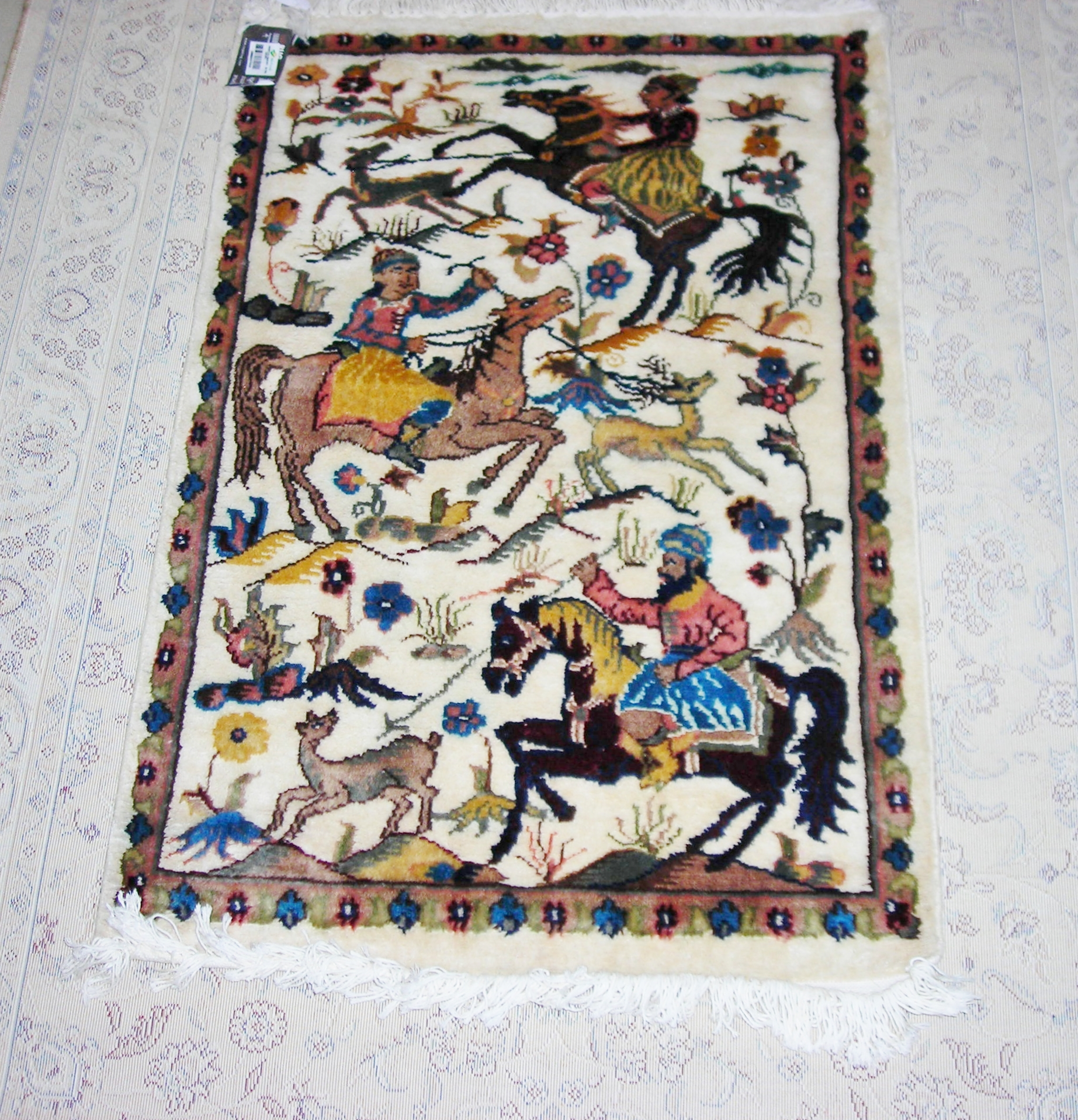 Moghal Hunting silk pictorial 2x3 ft persian rug no. 6734